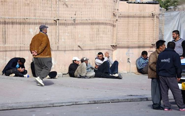 Photo of Workers struggling to get by in Kurdistan Region as economic crisis continues